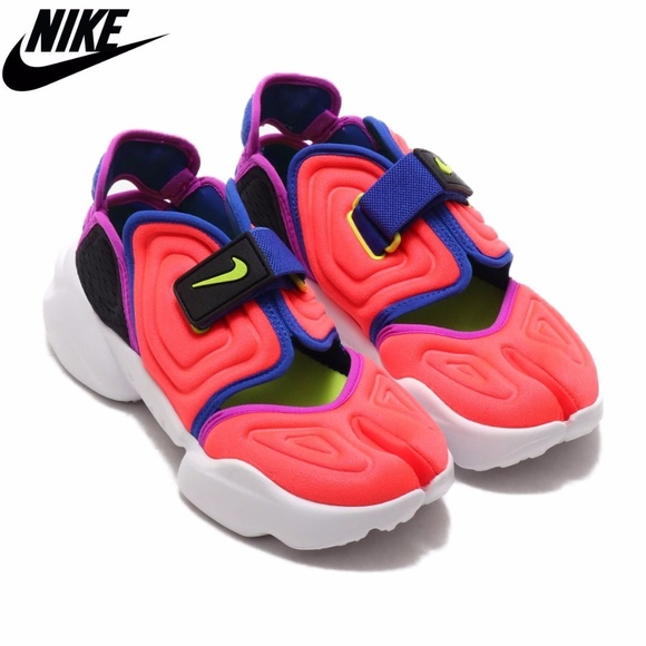 autómata Acercarse libertad  Nike Shoes | Aqua Rift Sneakers In Red | Poshmark